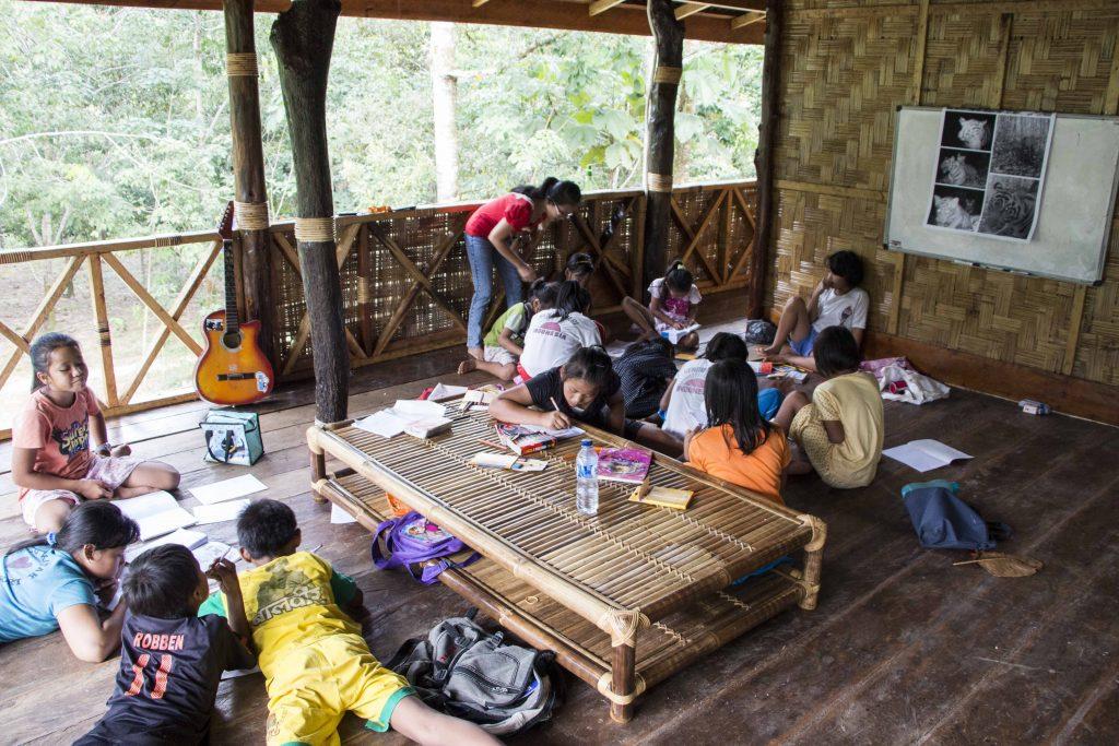 Výučba v miestnej dedine